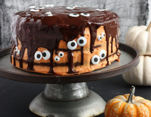 Halloween Chocolate Pumpkin Cake