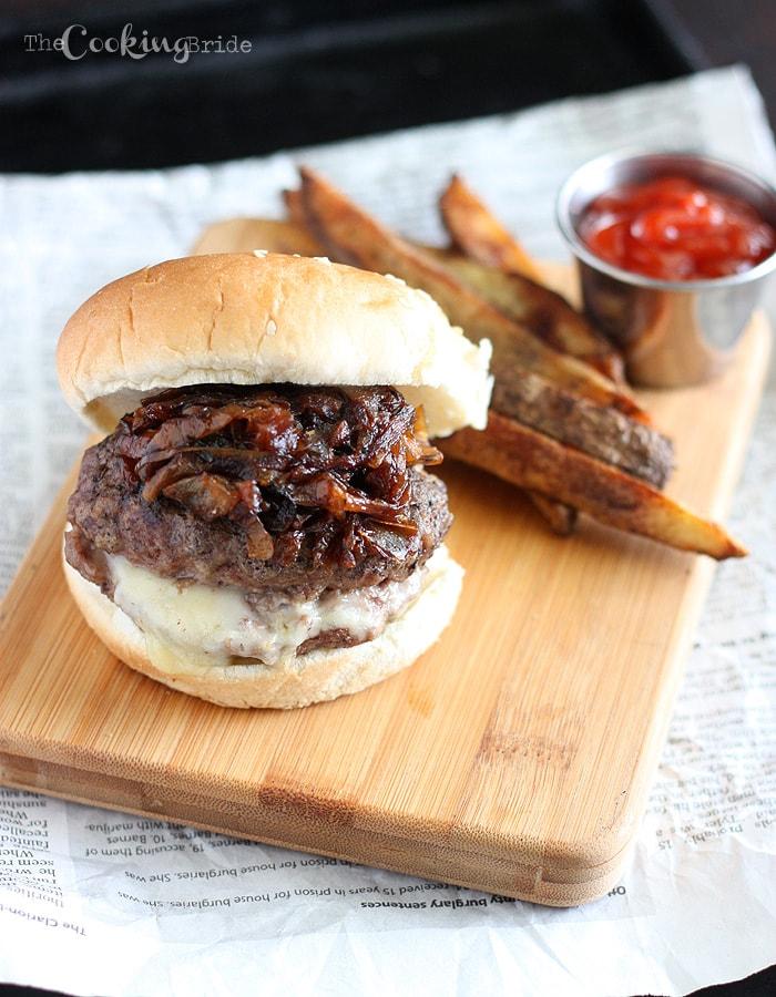 Pepper Jack Stuffed Burgers 054 WM